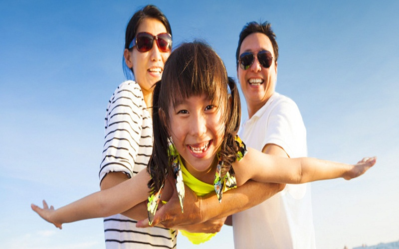 the enjoy holidays with children