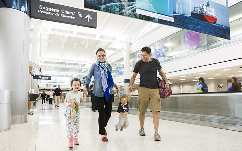 airlines to travel with children