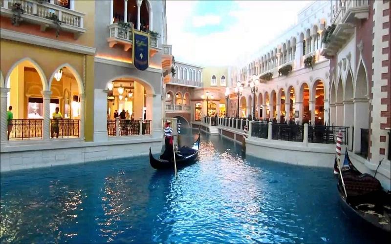discover Honeymoon in Italy