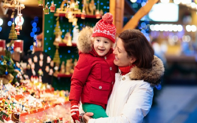 discover Christmas with children