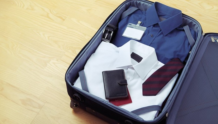 How to travel with a suit